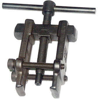 C2007 032.1 Gear & Bearing Pullers